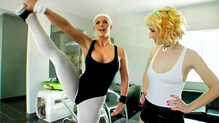 OUTTAKES-Gape Lovers 6 - Anal Acrobats